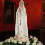 Figura Maryi fatimskiej